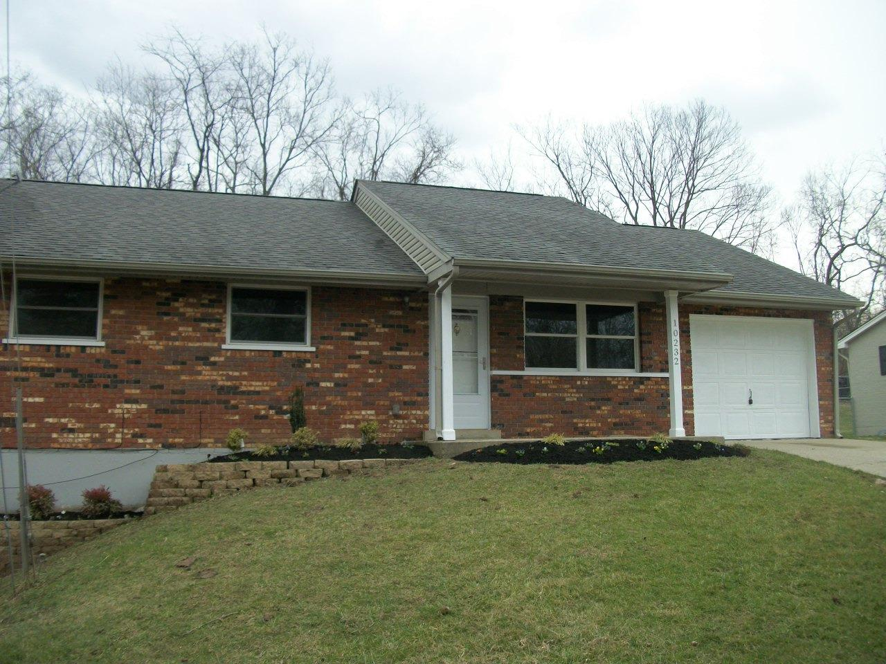 real estate photo 1 for 10232 Cherry Ln Florence, KY 41042