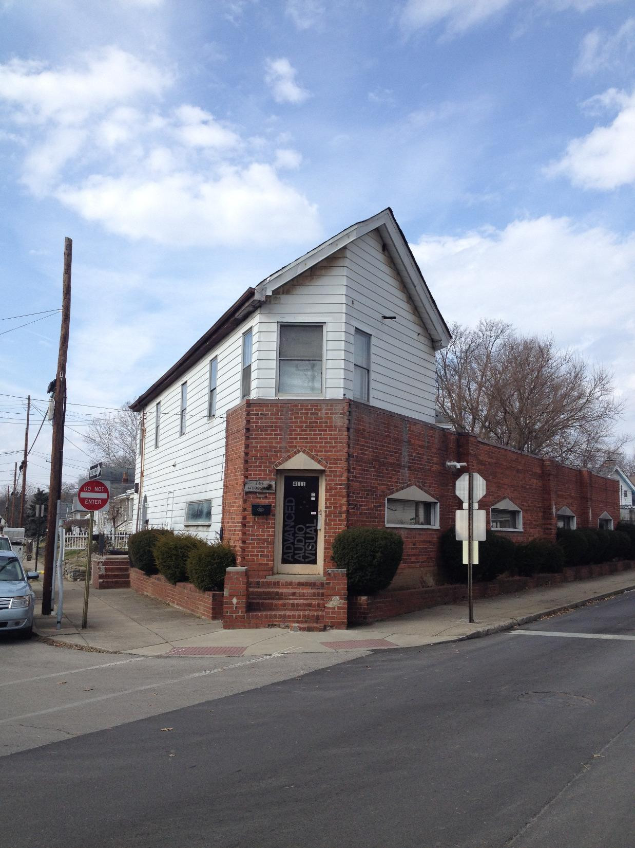 real estate photo 1 for 170 E 42nd St Covington, KY 41015