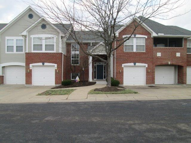 real estate photo 1 for 6911 Parkview Dr Florence, KY 41042