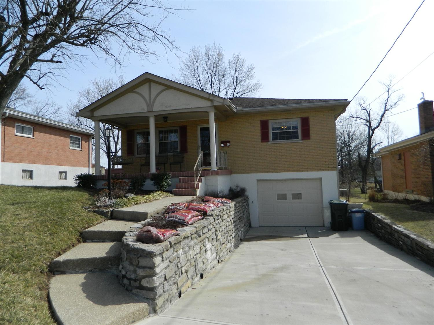 real estate photo 1 for 3413 Terrace Dr Erlanger, KY 41018