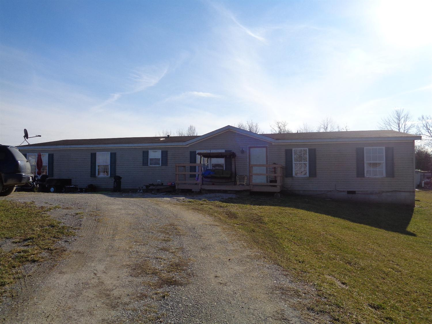 real estate photo 1 for 596 Lehman Dr Demossville, KY 41033