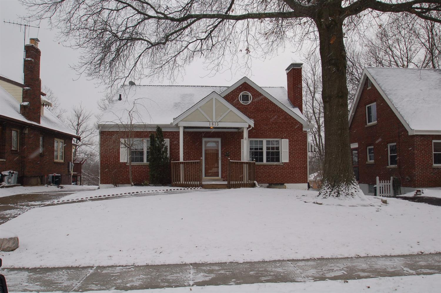 real estate photo 1 for 1615 E Crittenden Ave Fort Wright, KY 41011