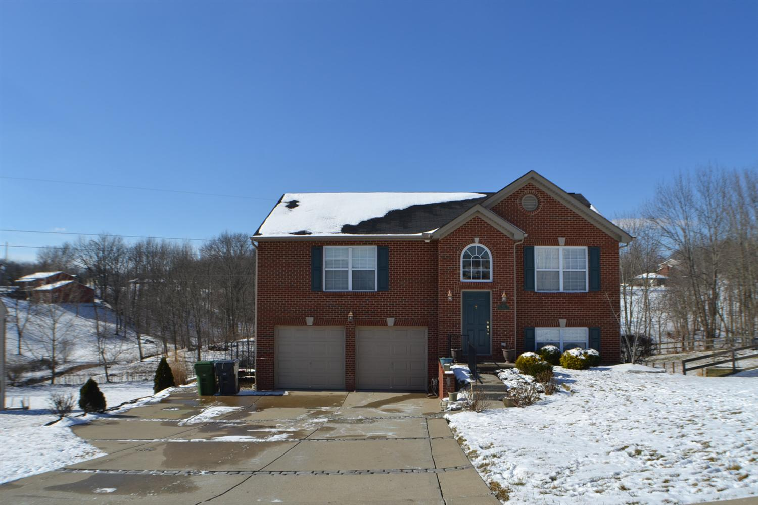 real estate photo 1 for 471 Rosebud Cir Walton, KY 41094