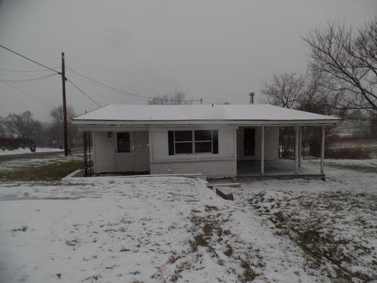 real estate photo 1 for 6385 Strodes Rn Maysville, KY 41056
