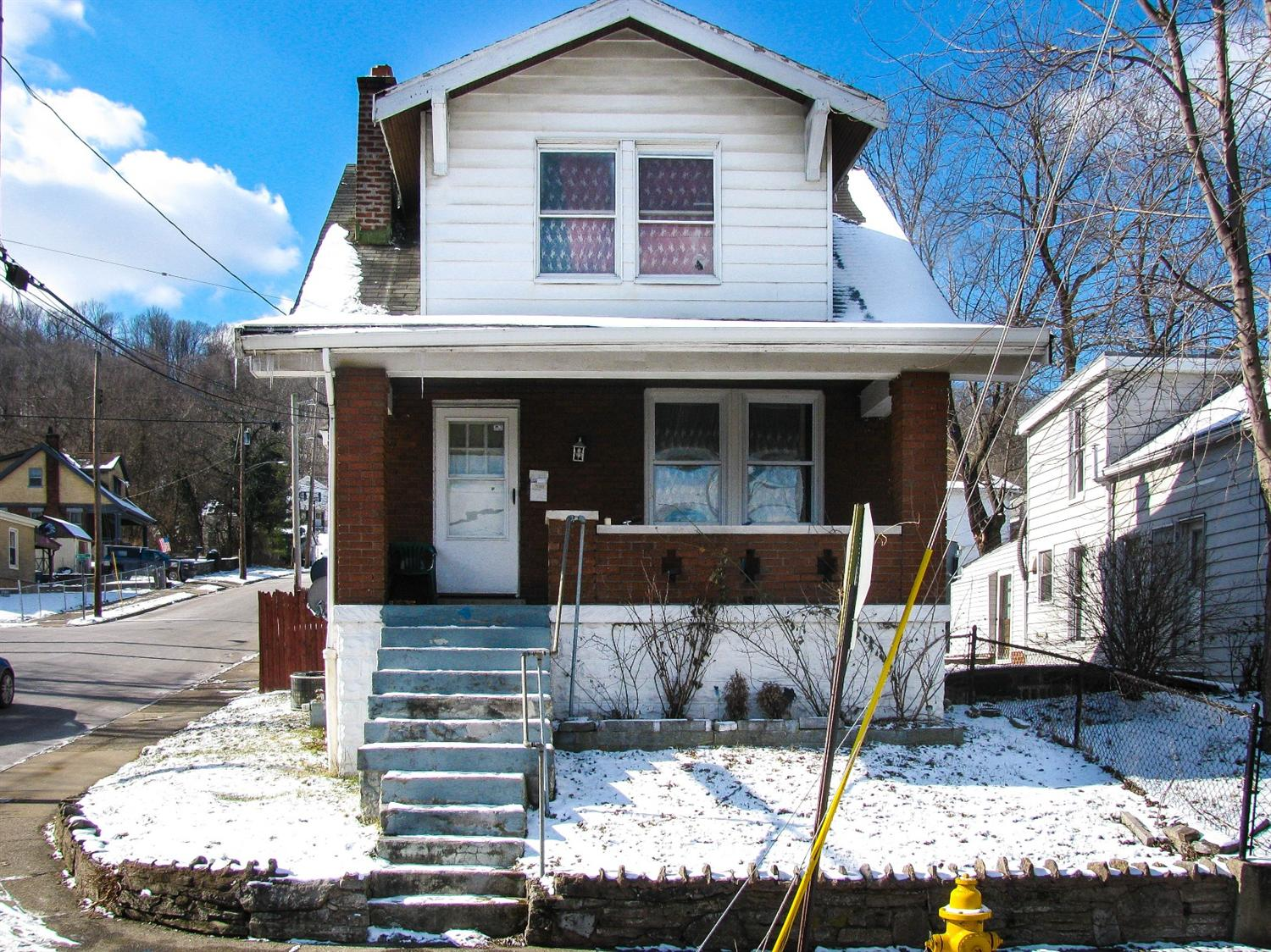 real estate photo 1 for 2231 Howell St Covington, KY 41014