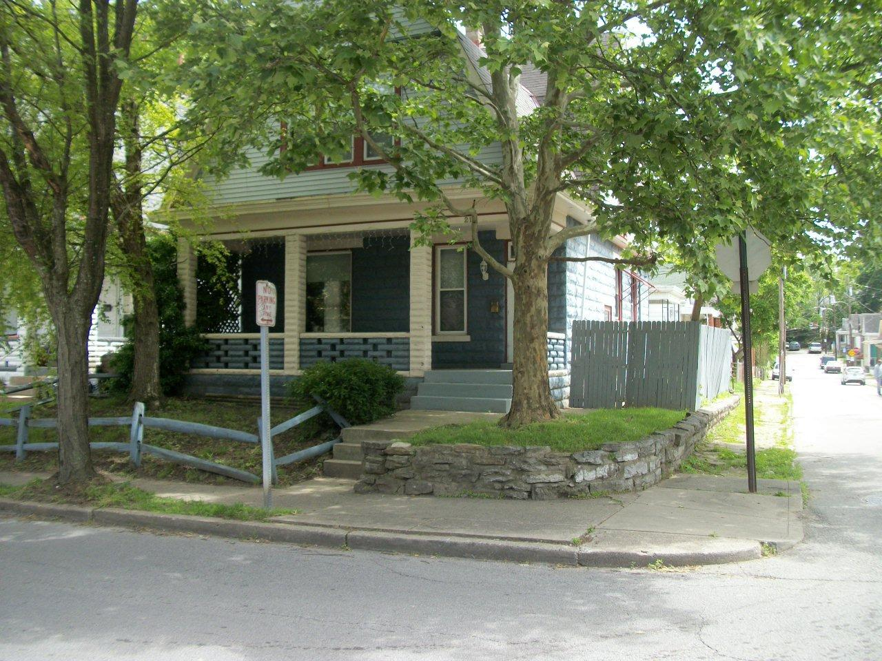 real estate photo 1 for 219 E 20th St Covington, KY 41014