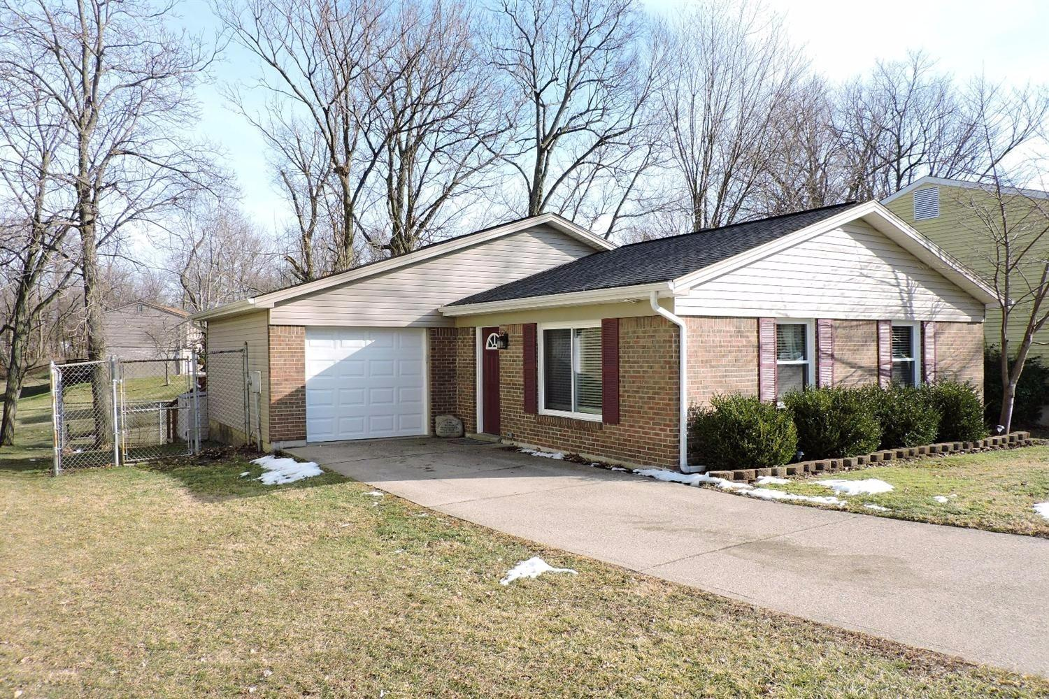 real estate photo 1 for 6592 Louise Ct Florence, KY 41042