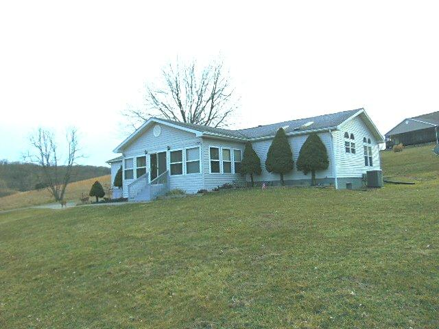 real estate photo 1 for 44 Cardinal Ct Perry Park, KY 40363