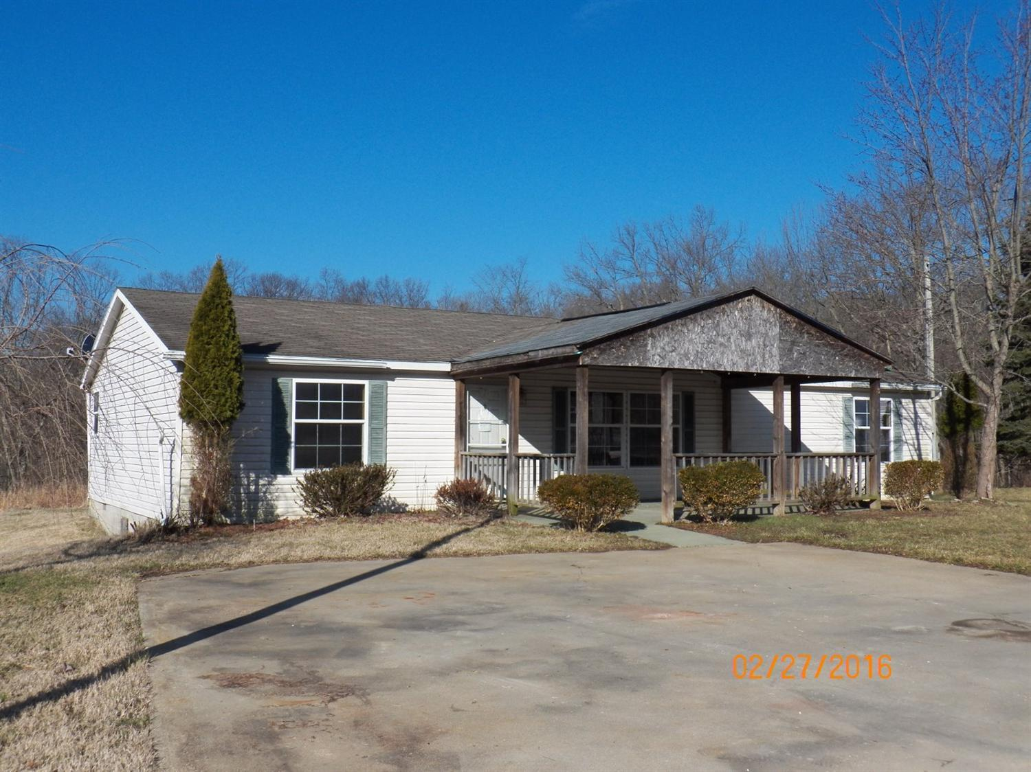 real estate photo 1 for 6711 Utz Dr Burlington, KY 41005