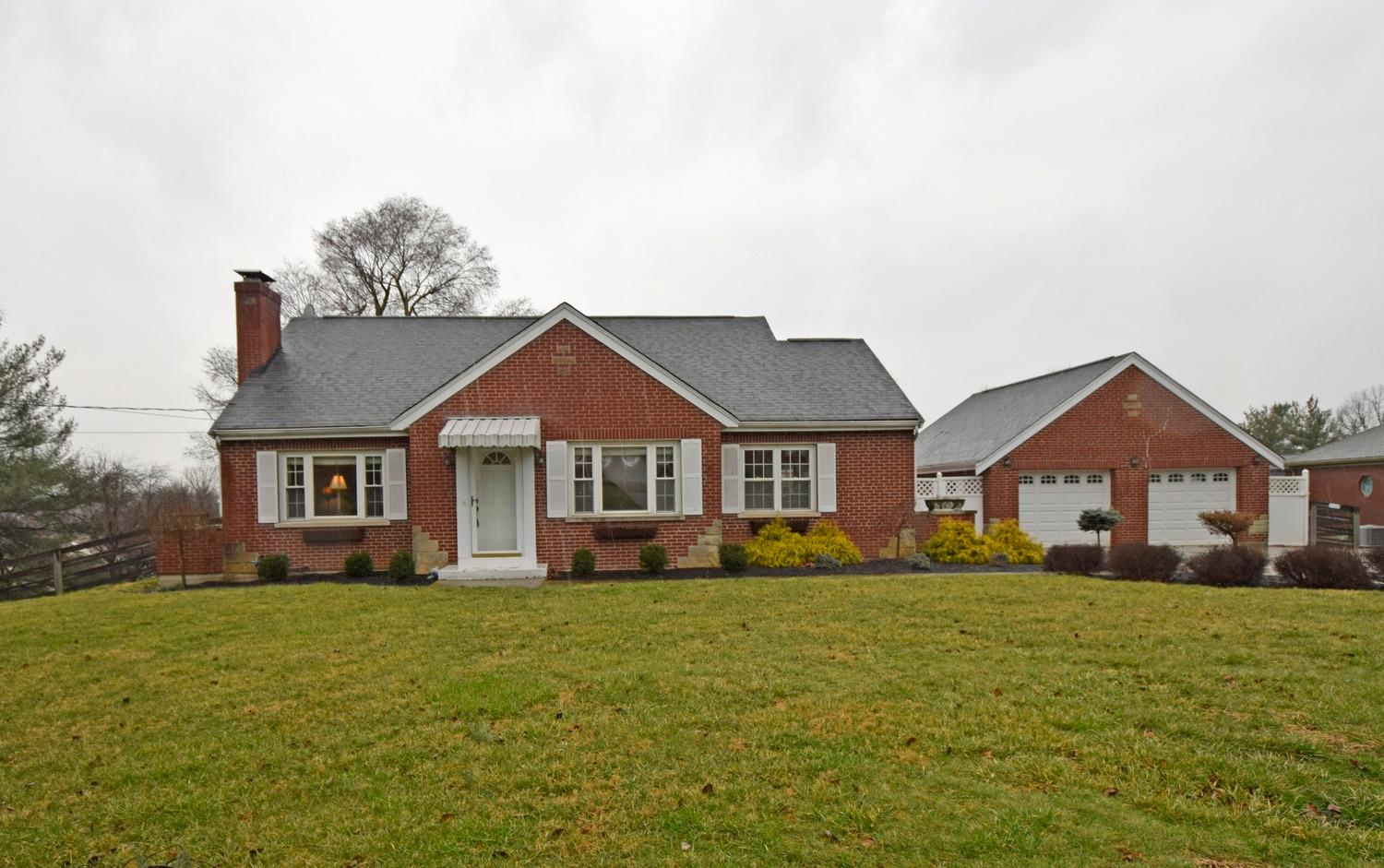 real estate photo 1 for 2122 Highwater Rd Villa Hills, KY 41017