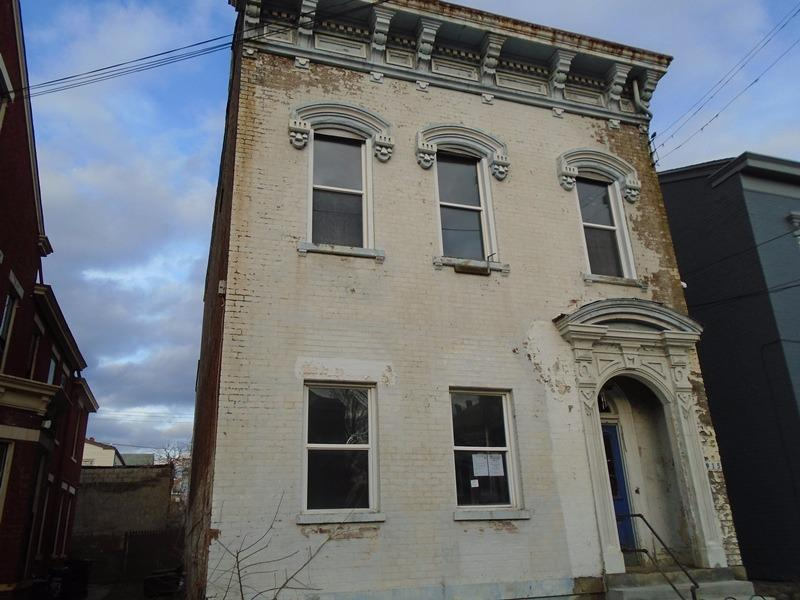 Photo 1 for 915 York St Newport, KY 41071