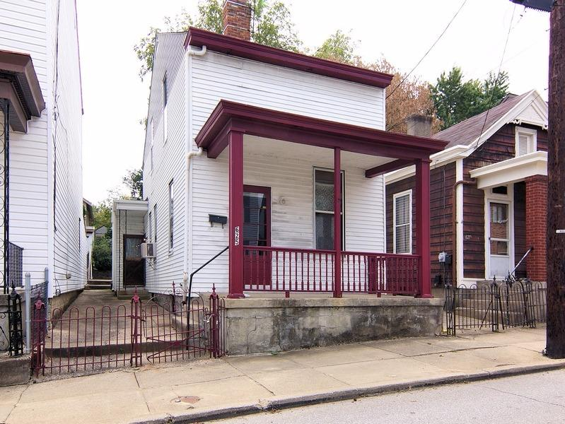 real estate photo 1 for 625 W 12th St Covington, KY 41011