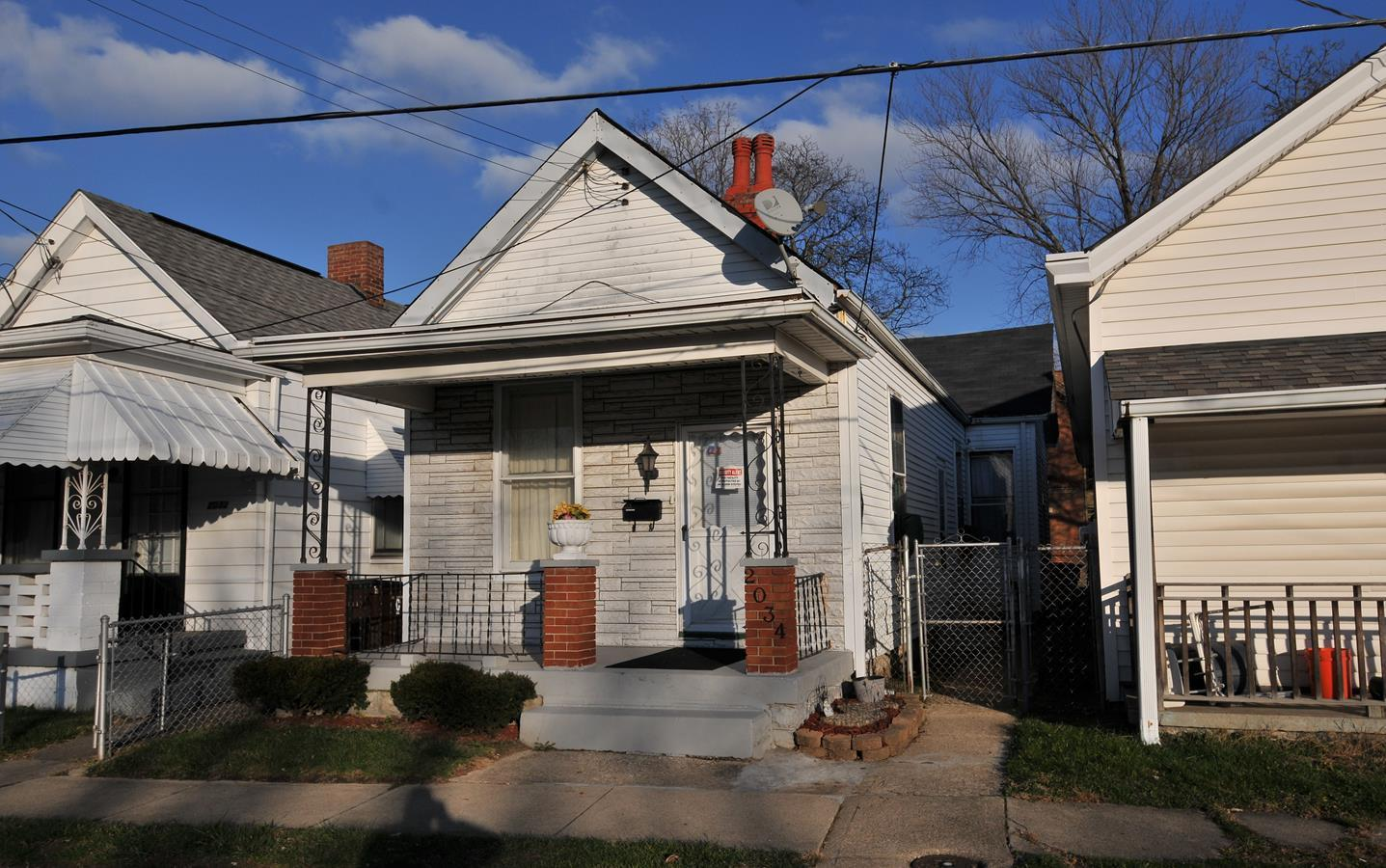 real estate photo 1 for 2034 Donaldson Ave Covington, KY 41014