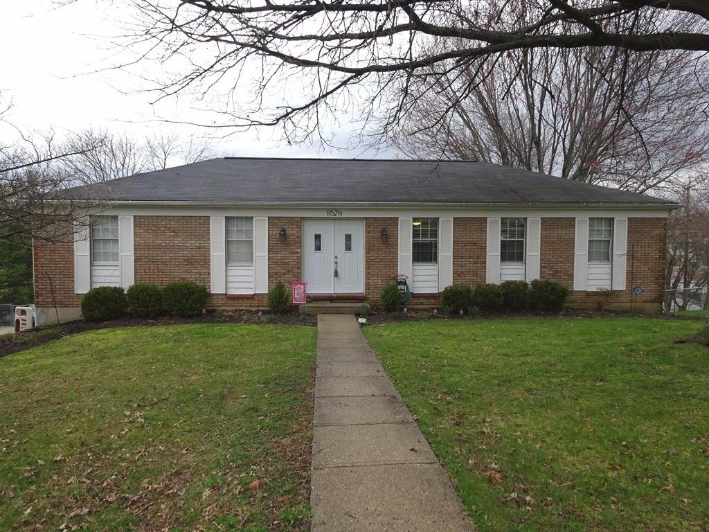real estate photo 1 for 8578 Winthrop Cir Florence, KY 41042