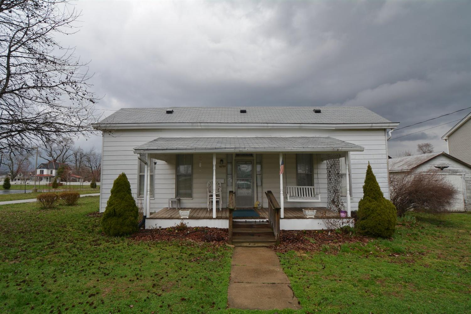 real estate photo 1 for 6250 Main St Burlington, KY 41005