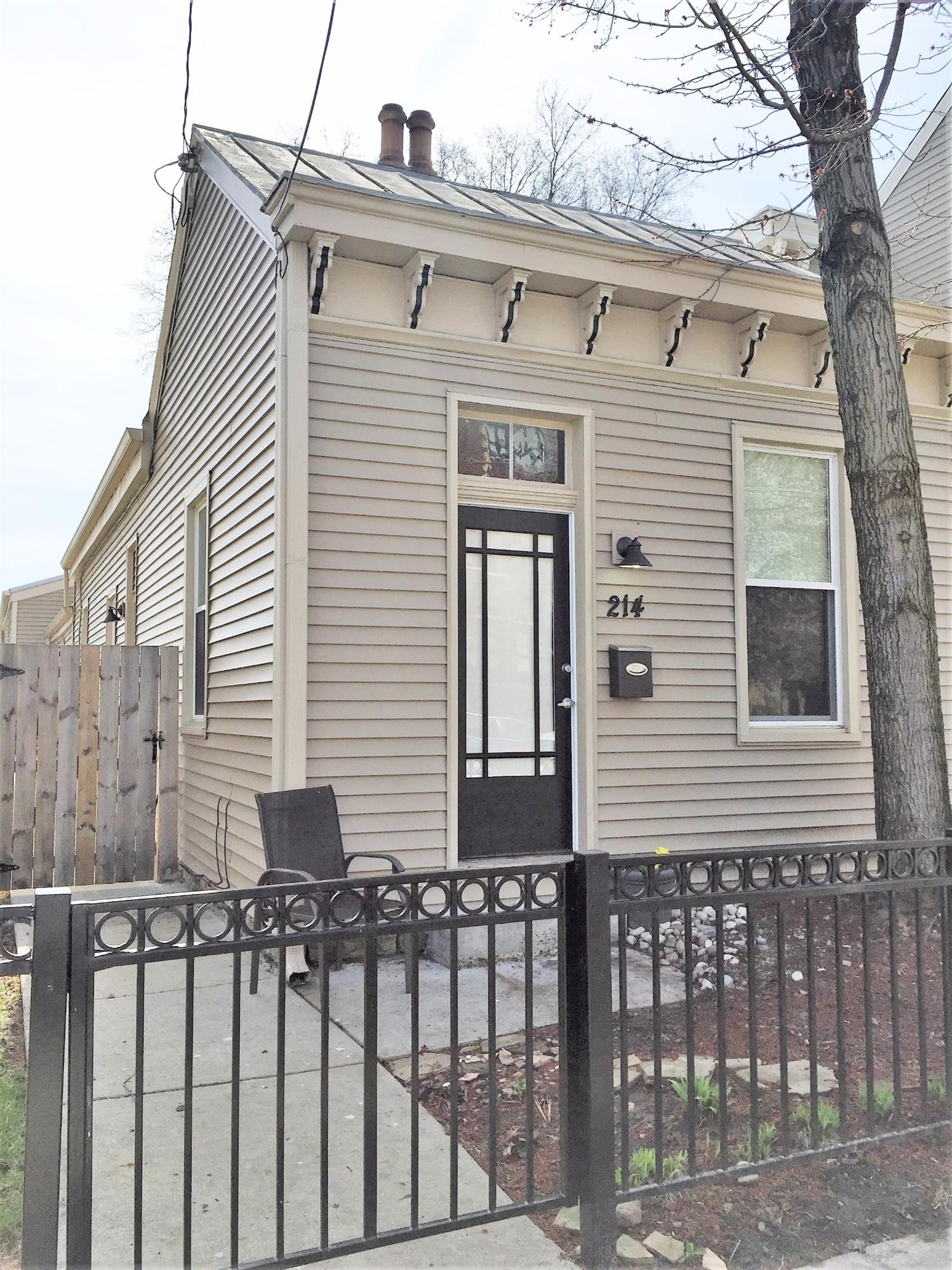 real estate photo 1 for 214 Center St Bellevue, KY 41073
