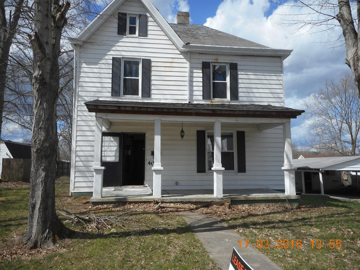 real estate photo 1 for 405 Robbins Ave Falmouth, KY 41040