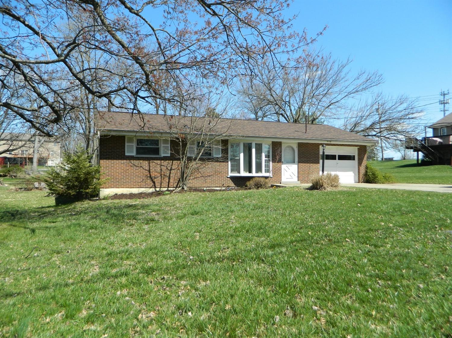 real estate photo 1 for 918 Amarillo Dr Florence, KY 41042