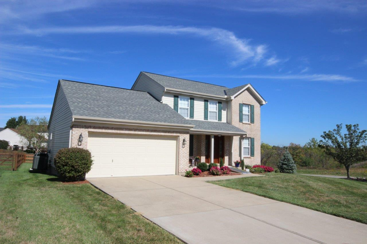 real estate photo 1 for 2701 Ridgecrest Dr Florence, KY 41042