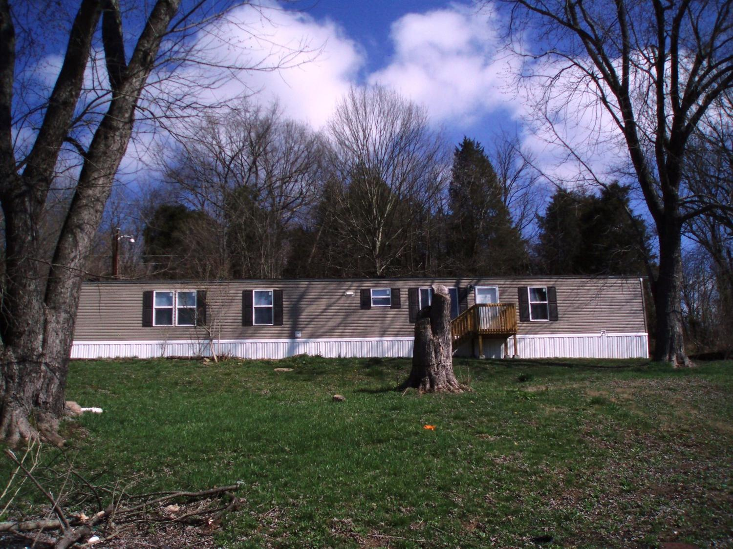real estate photo 1 for 80 Raisor Ln Warsaw, KY 41095