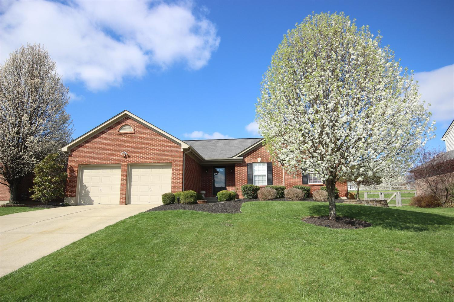 real estate photo 1 for 2708 Coachlight Ln Burlington, KY 41005