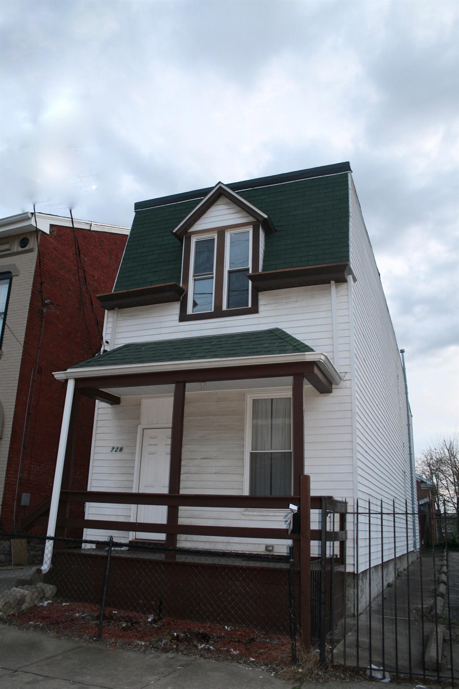 real estate photo 1 for 728 Columbia St Newport, KY 41071