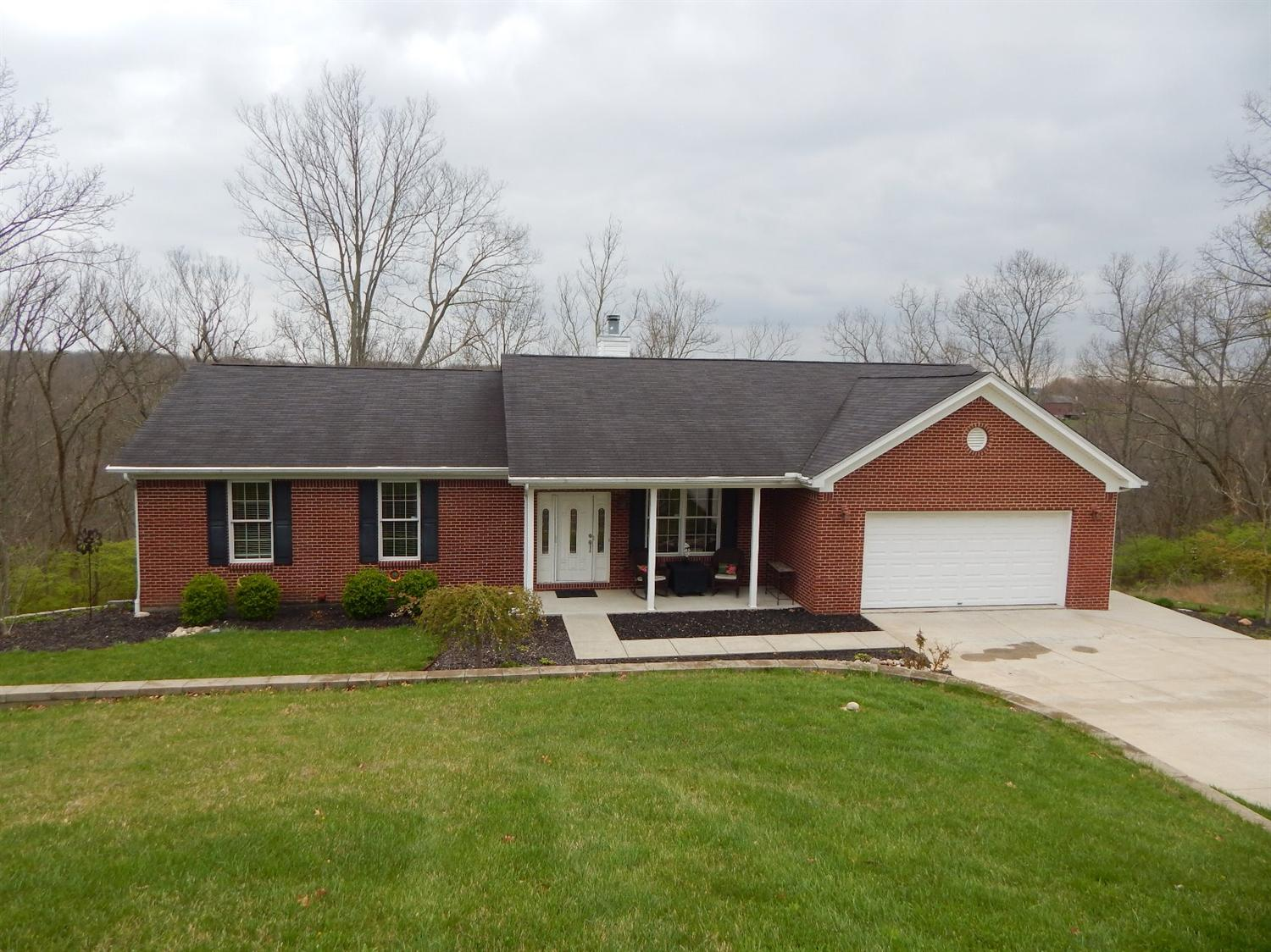 real estate photo 1 for 3116 Caribou Dr Petersburg, KY 41080