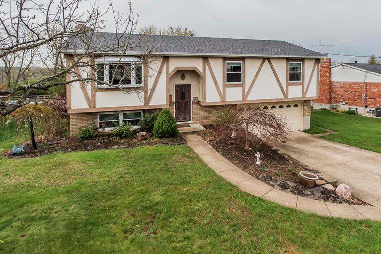 236 Scenic View Dr