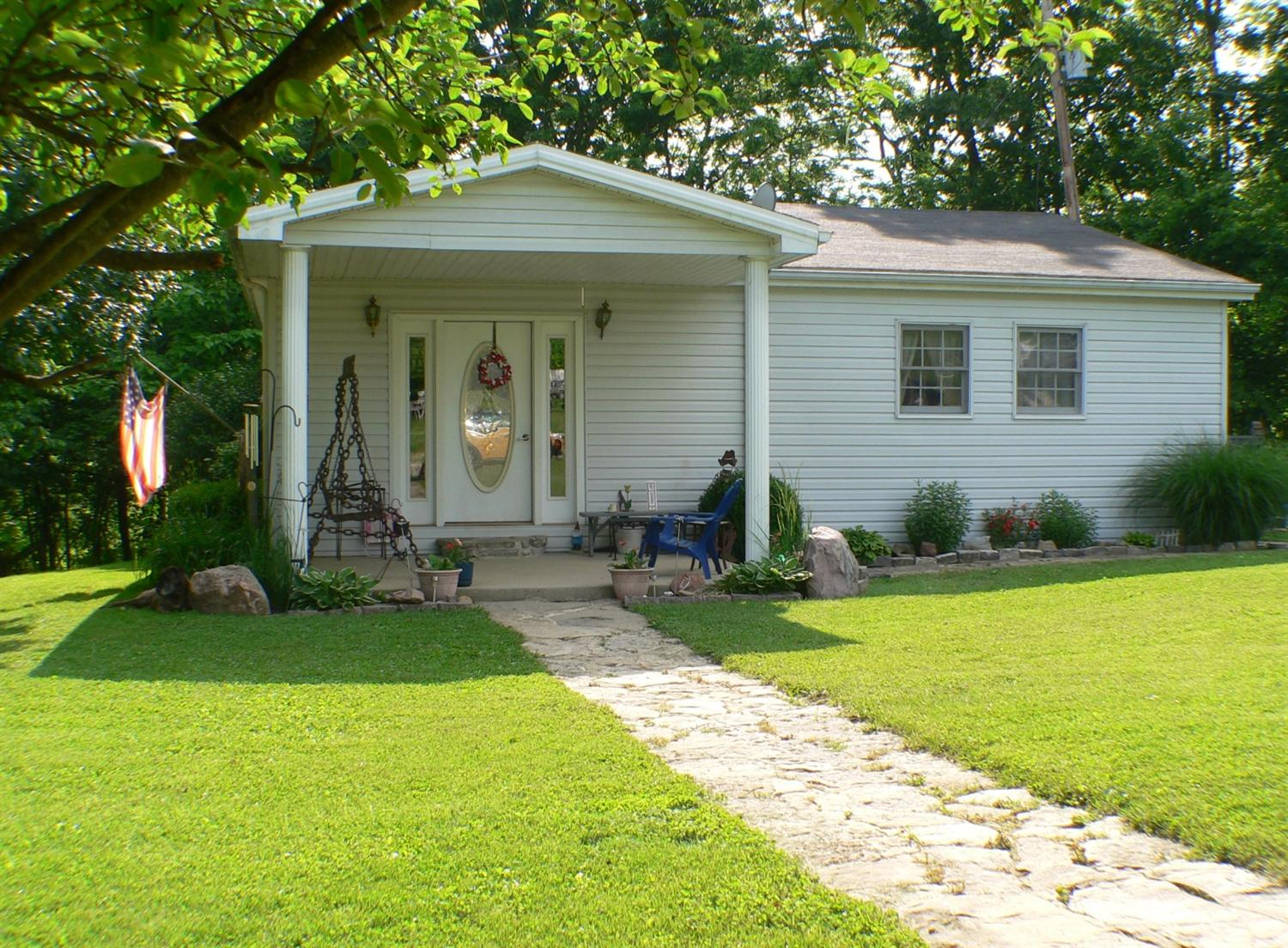 real estate photo 1 for 9635 Napoleon Zion Station Rd Dry Ridge, KY 41035