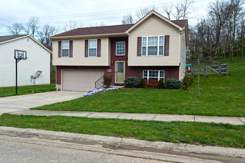 Photo 1 for 296 Brentwood Dr Dry Ridge, KY 41035