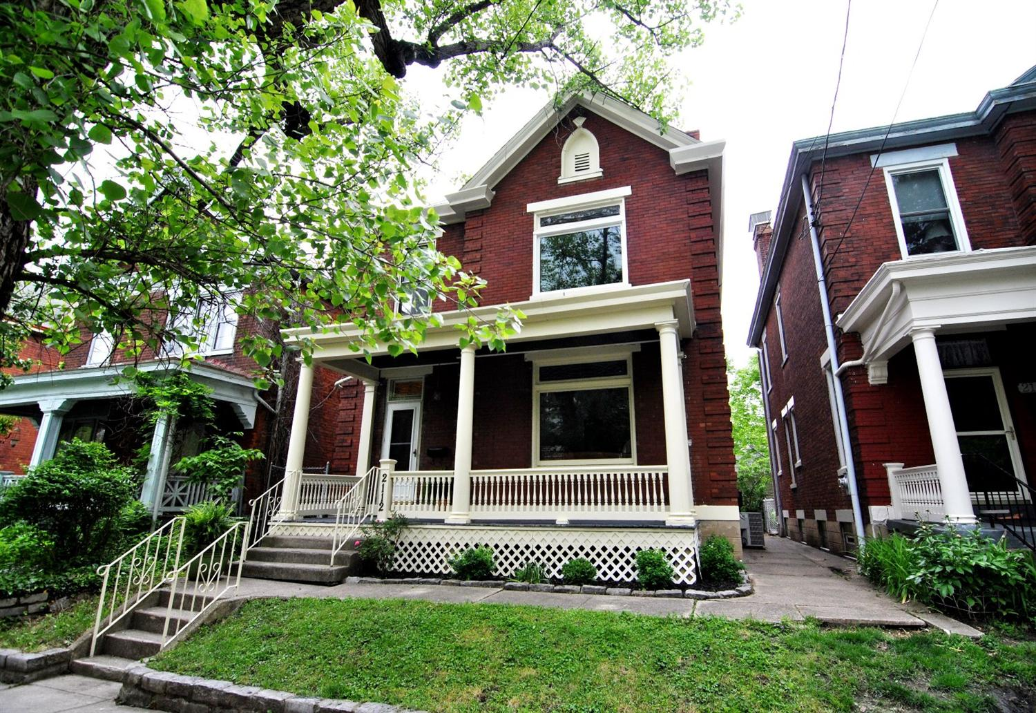 real estate photo 1 for 2112 Eastern Ave Covington, KY 41014