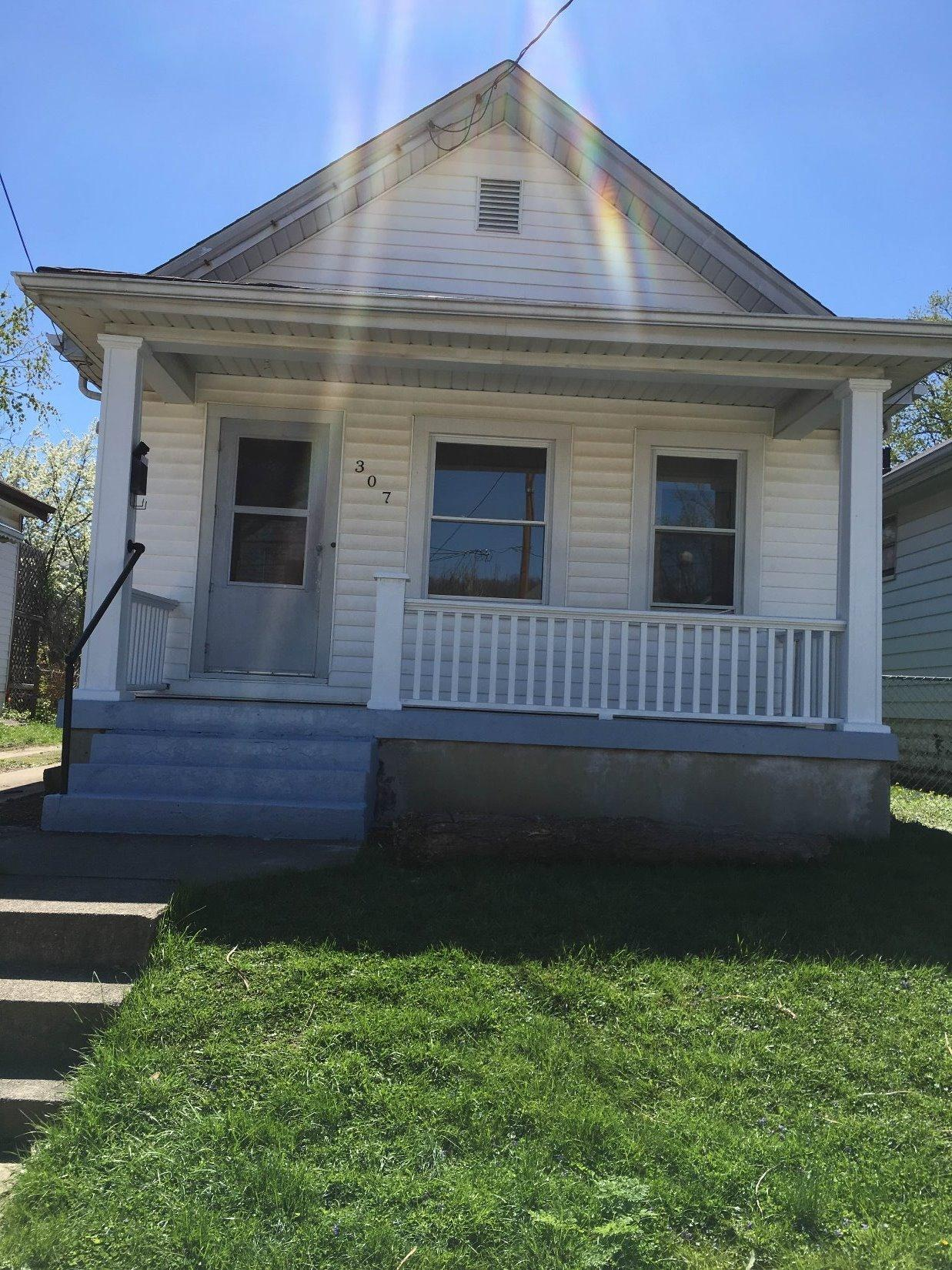 real estate photo 1 for 307 W 33rd St Covington, KY 41015