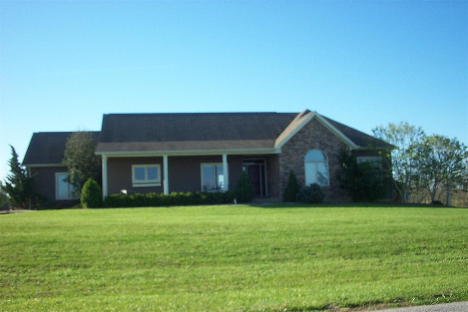 Photo 1 for 100 Hunters Trail Dr Dry Ridge, KY 41035