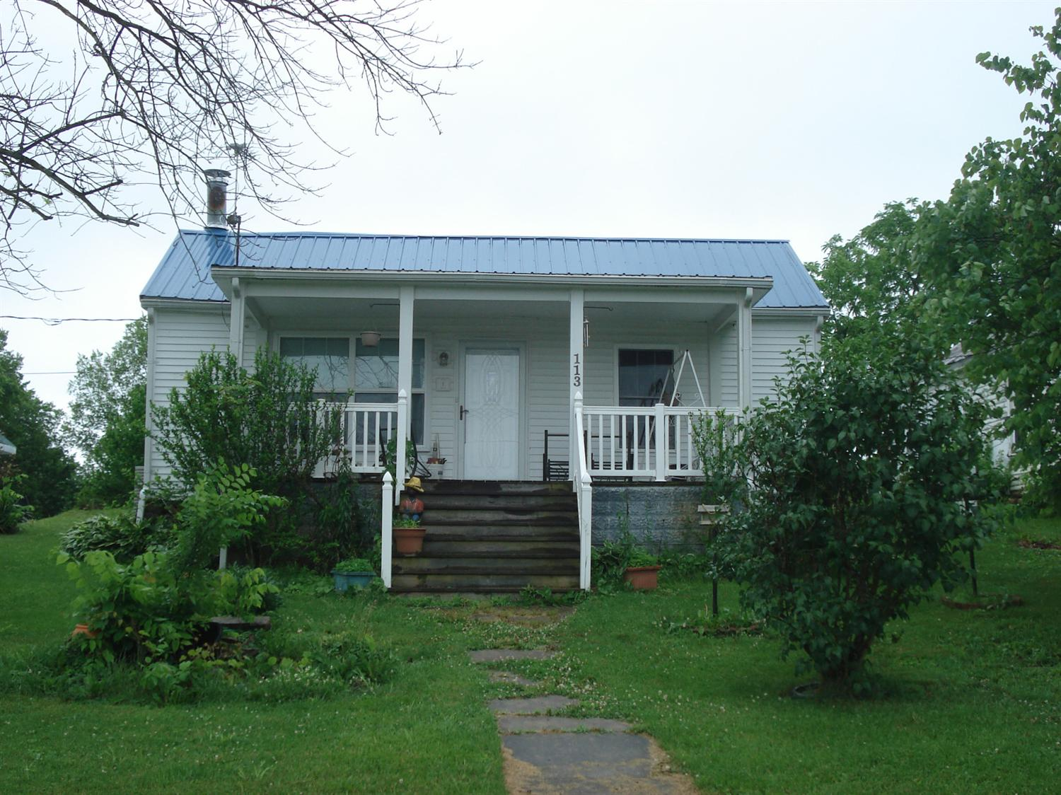 real estate photo 1 for 113 Gano Ave Sadieville, KY 40370