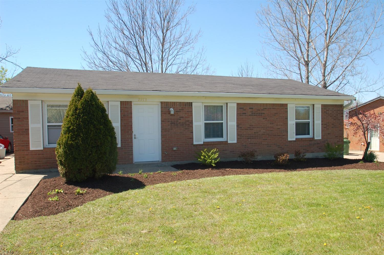 real estate photo 1 for 2973 Douglas Dr Burlington, KY 41005