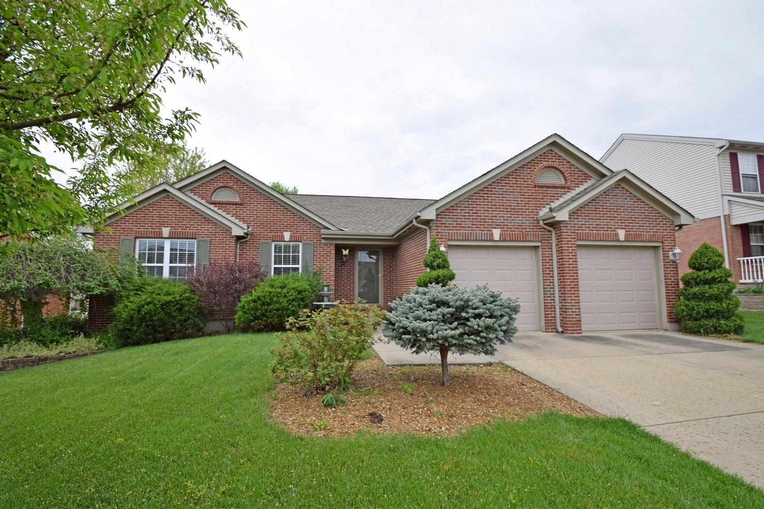 real estate photo 1 for 8760 Sentry Dr Florence, KY 41042