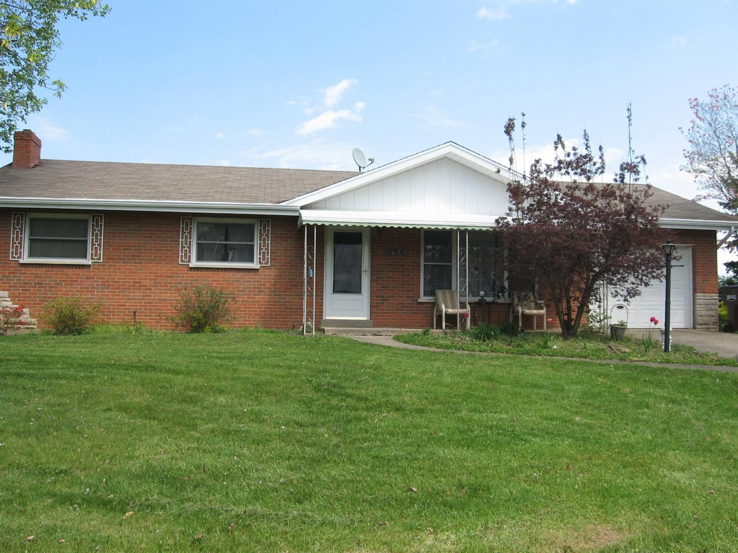 real estate photo 1 for 3688 Parkview Dr Alexandria, KY 41001