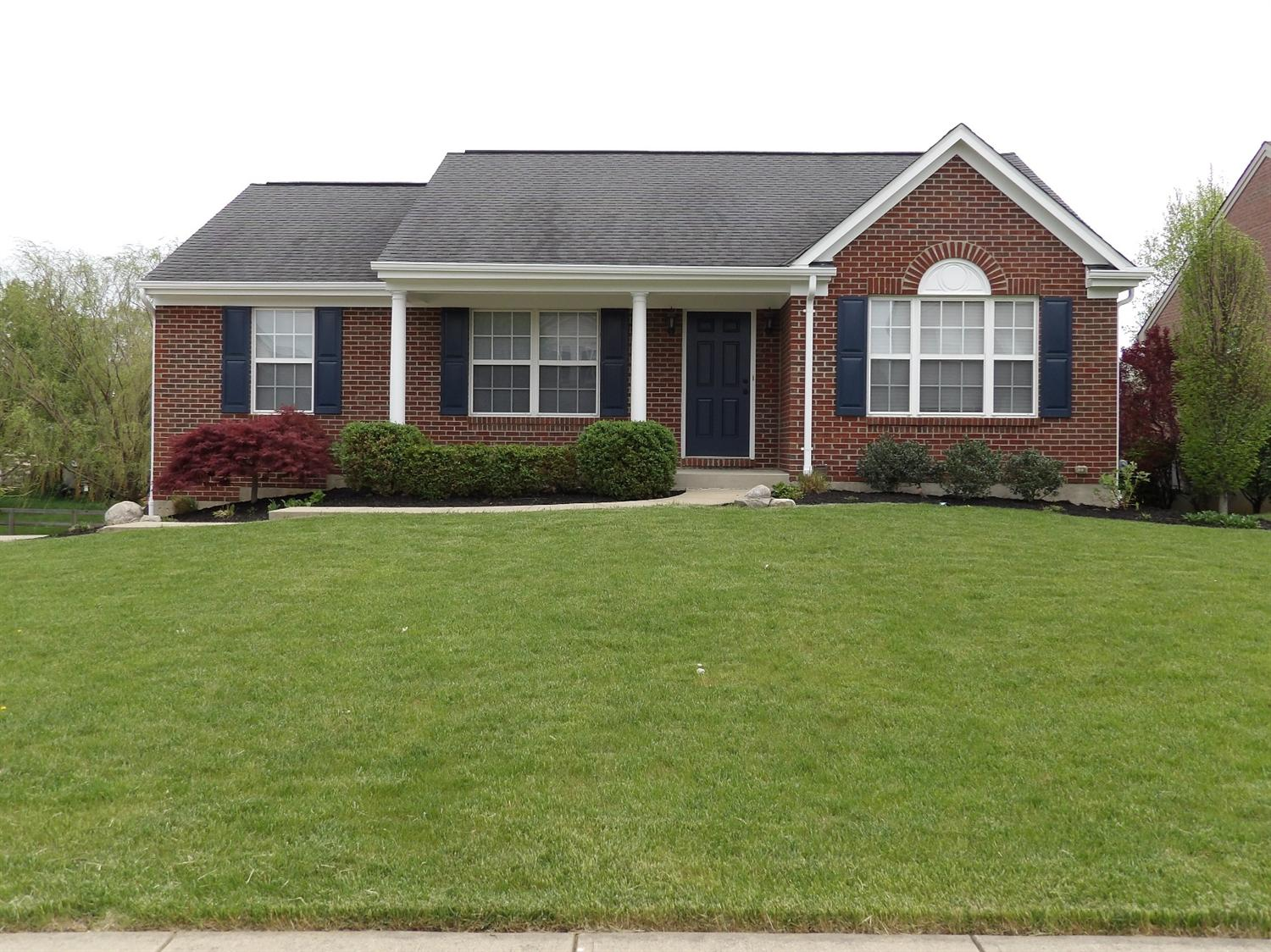 real estate photo 1 for 6492 Edgecliff Ter Burlington, KY 41005