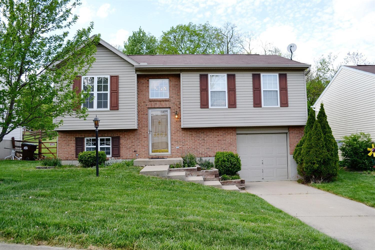 real estate photo 1 for 3602 Mitten Dr Elsmere, KY 41018