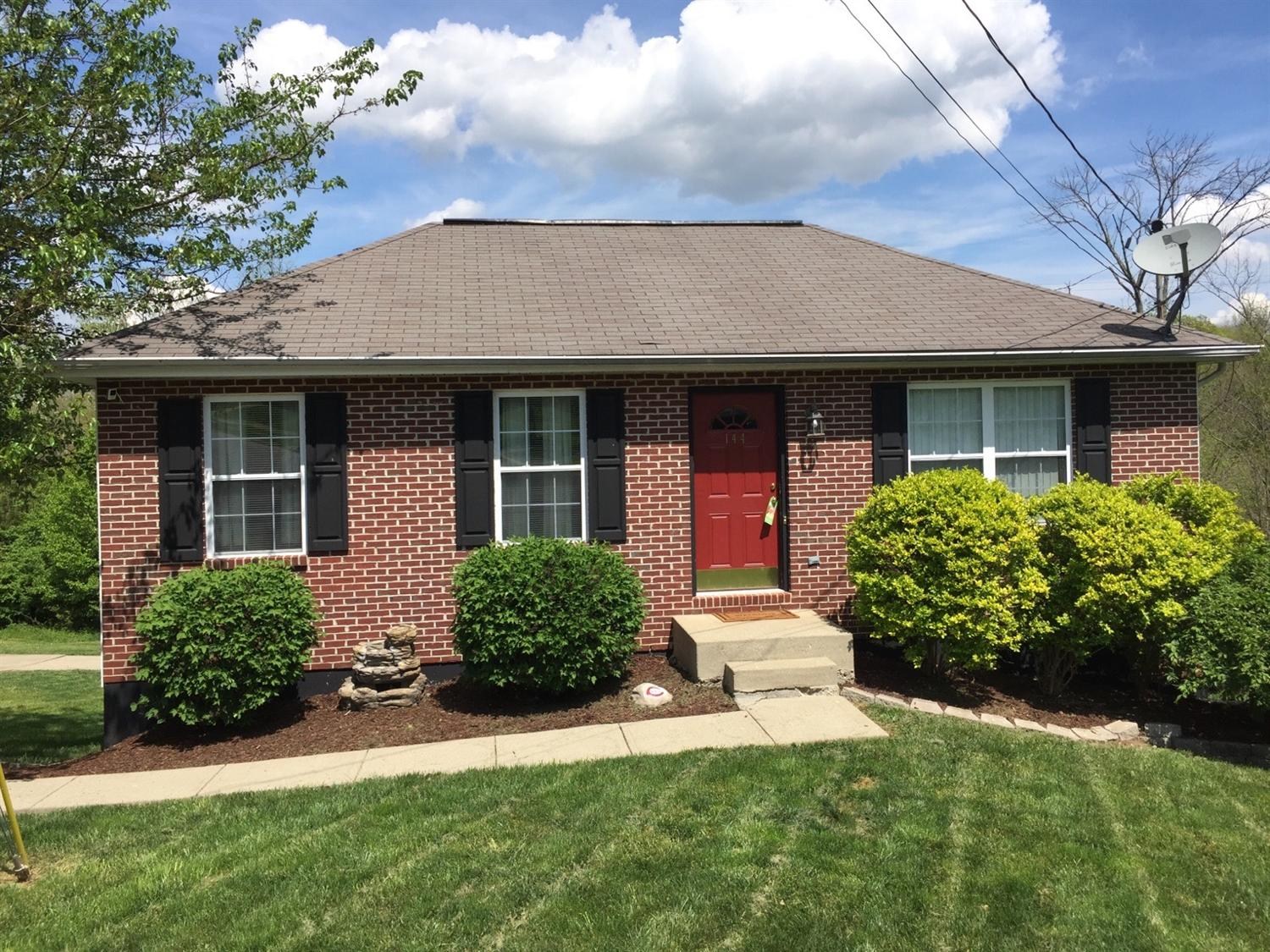 real estate photo 1 for 144 Bent Tree Dr Covington, KY 41017