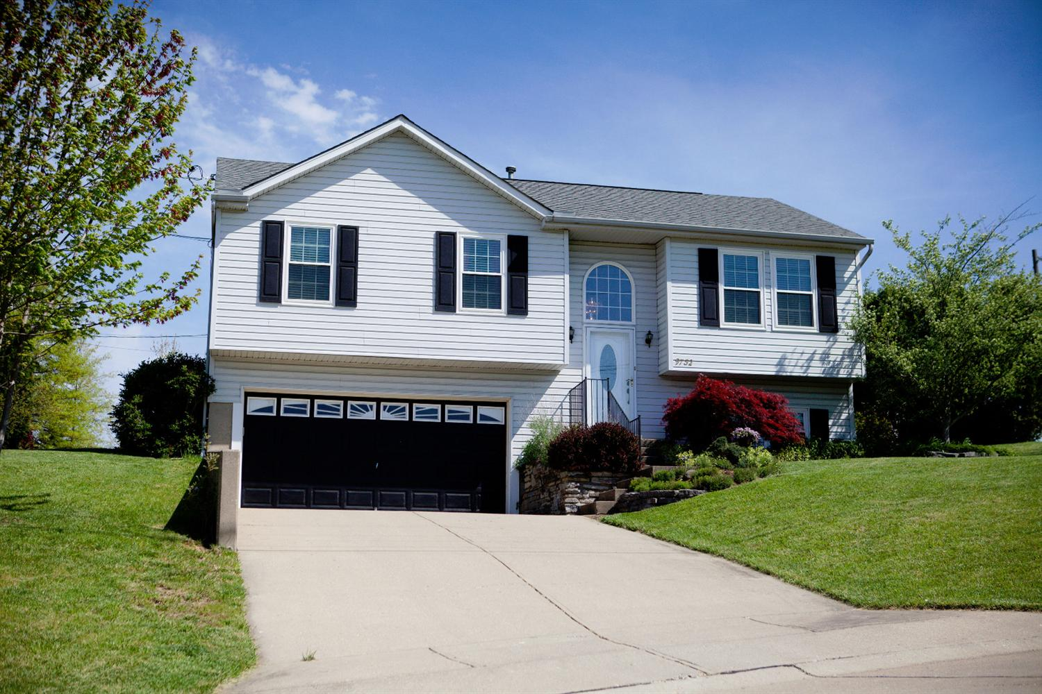 real estate photo 1 for 9732 Shelton St Independence, KY 41051