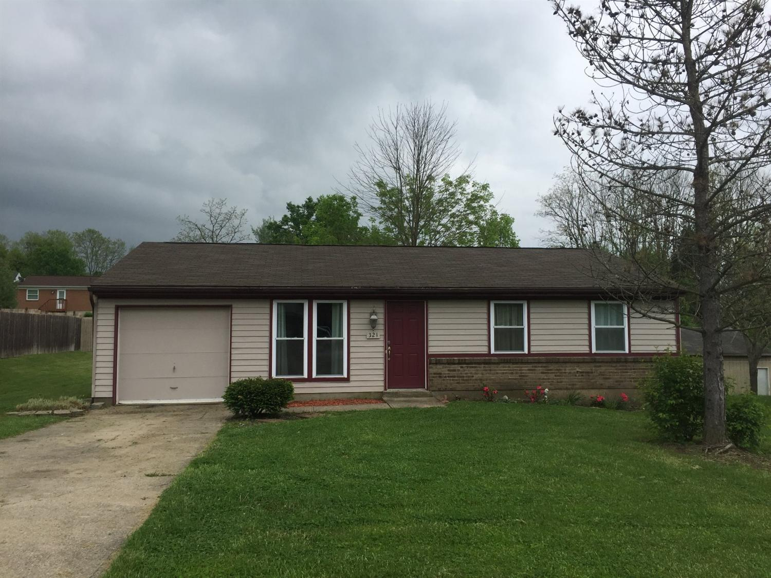 real estate photo 1 for 321 Brookwood Dr Alexandria, KY 41001