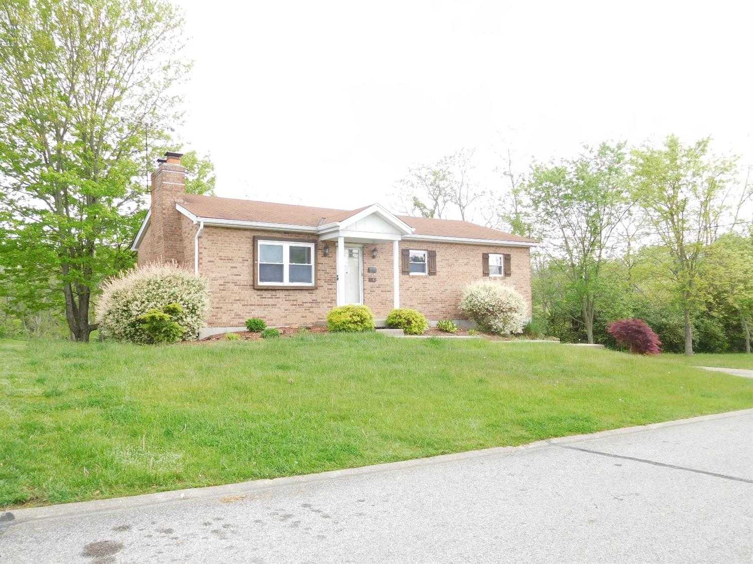 real estate photo 1 for 18 Apple Blossom Ln Alexandria, KY 41001