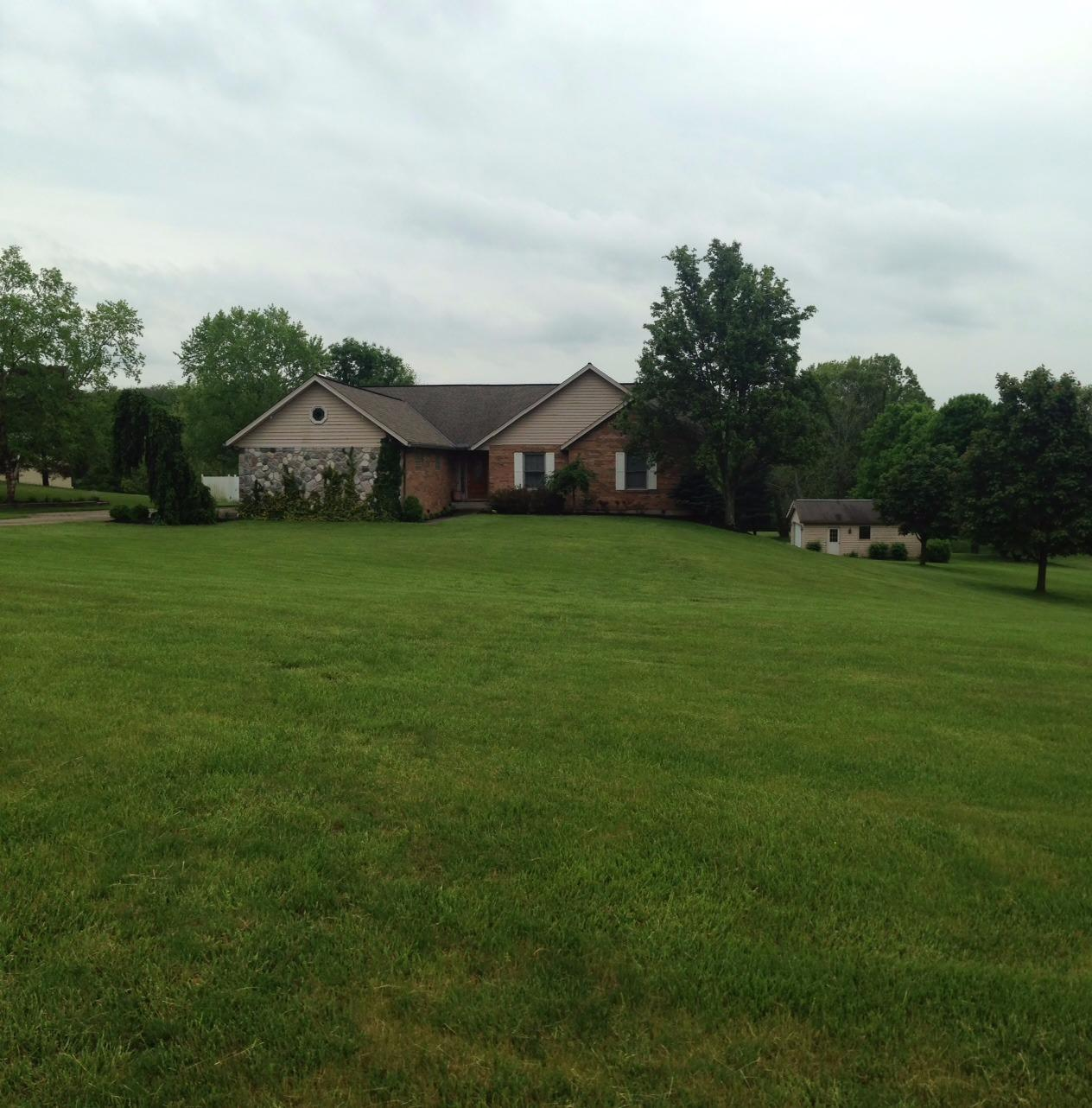 real estate photo 1 for 699 James Ln Walton, KY 41094