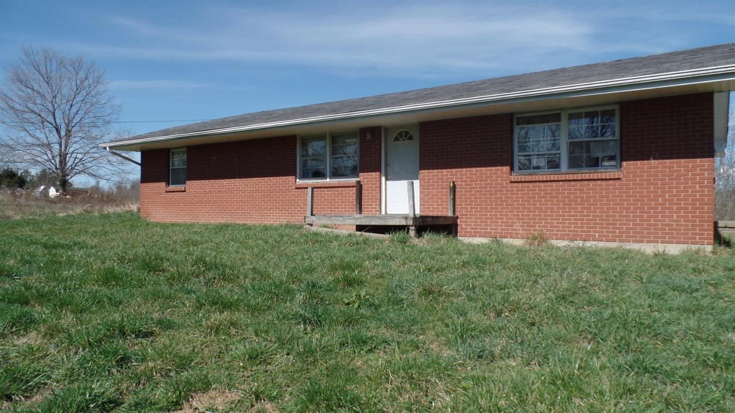 real estate photo 1 for 1468 Bramlage Rd Walton, KY 41094