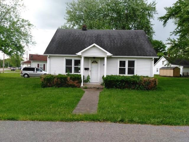 real estate photo 1 for 613 Barkley St Falmouth, KY 41040