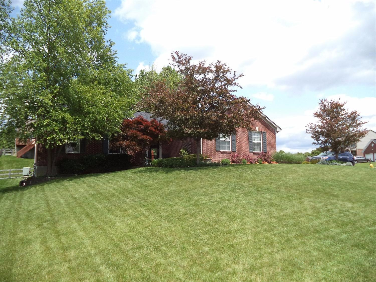 real estate photo 1 for 6419 Lantern Way Burlington, KY 41005