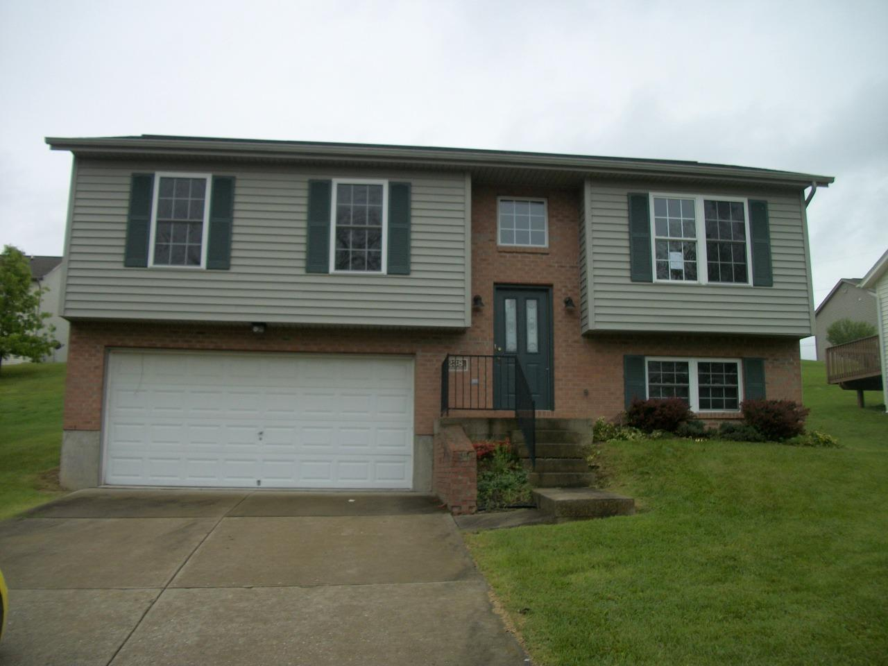 real estate photo 1 for 238 Brentwood Dr Dry Ridge, KY 41035