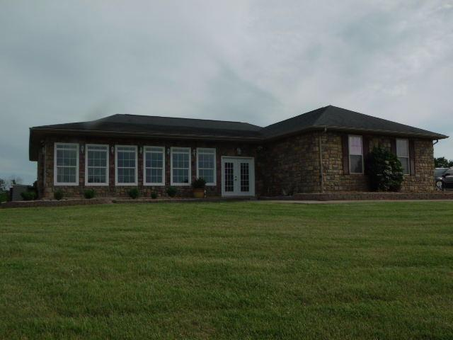 real estate photo 1 for 4621 US HWY 62 W Cynthiana, KY 41031