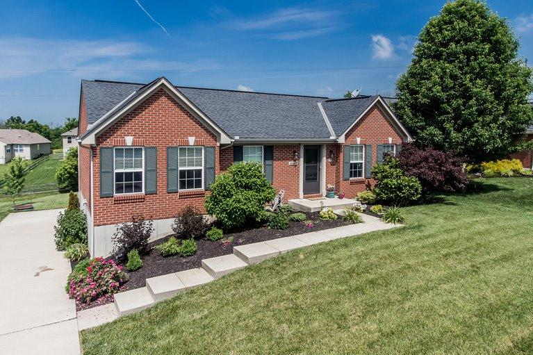 real estate photo 1 for 10642 Kelsey Dr Independence, KY 41051